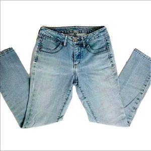 2/$22 JAG Jeans Mid Rise Slim Leg Light Wash Denim
